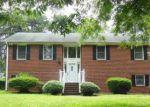 Foreclosed Home en NEW WALKERTOWN RD, Winston Salem, NC - 27105