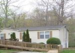 Foreclosed Home en FOX DEN LN, Crossville, TN - 38571