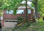 Foreclosed Home en EVERGREEN DR, Monroeville, PA - 15146