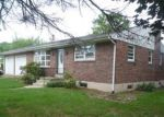Foreclosed Home en VIRGINIA AVE, Reading, PA - 19605