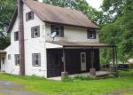 Foreclosed Home en CAMP RD, Pine Grove, PA - 17963