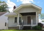 Foreclosed Home en PARK KNOLL DR, Cleveland, OH - 44125