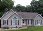 Foreclosed Home en CHICKADEE CT, Sanford, NC - 27332