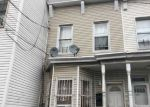 Foreclosed Home en HALE AVE, Brooklyn, NY - 11208