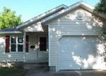 Foreclosed Home en PRITCHARD ST, Berryville, AR - 72616