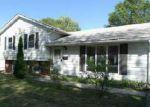 Foreclosed Home en ARROWHEAD DR, Springfield, IL - 62702