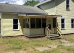 Foreclosed Home en 9TH ST, Three Rivers, MI - 49093