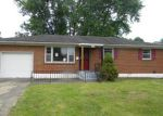 Foreclosed Home en GARVEY DR, Louisville, KY - 40216