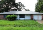 Foreclosed Home en FIR ST, Raceland, LA - 70394
