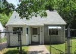 Foreclosed Home en FOREST AVE, Lansing, MI - 48910