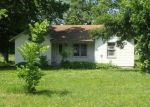 Foreclosed Home en PLUM CREEK RD, Paola, KS - 66071