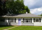 Foreclosed Home en WINDSOR CIR, Burlington, IA - 52601