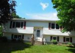 Foreclosed Home en MARITA DR, Waterbury, CT - 06705