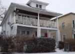 Foreclosed Home en DOUGLAS ST NW, Grand Rapids, MI - 49504