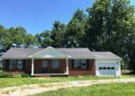 Foreclosed Home en TWILLA LN, Dyersburg, TN - 38024