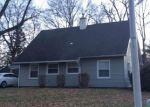 Foreclosed Home en PEACOCK LN, Willingboro, NJ - 08046
