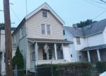 Foreclosed Home en BURNSIDE ST, Orange, NJ - 07050
