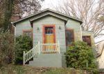 Foreclosed Home en MATHES ST, Lake Peekskill, NY - 10537