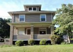 Foreclosed Home en CLINGAN ST, Hubbard, OH - 44425