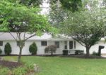Foreclosed Home en THUNDERBIRD DR, Mentor, OH - 44060