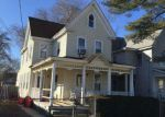 Foreclosed Home en 5TH ST N, Millville, NJ - 08332