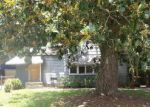 Foreclosed Home en COLONIAL AVE, Jacksonville, FL - 32210
