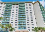 Foreclosed Home en COLLINS AVE, North Miami Beach, FL - 33160