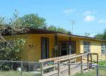 Foreclosed Home en TAMPICO AVE, Raymondville, TX - 78580