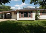 Foreclosed Home en HILLCREST DR, Graham, TX - 76450