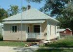 Foreclosed Home en MONTANA AVE SW, Huron, SD - 57350