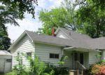 Foreclosed Home en PLEASANT ST, Three Rivers, MI - 49093