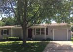 Foreclosed Home en SW 31ST TER, Topeka, KS - 66614