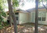 Foreclosed Home en CENTERWOOD DR, Jacksonville, FL - 32218