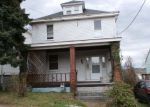 Foreclosed Home en PERSHING AVE, Uniontown, PA - 15401