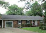 Foreclosed Home en STELLA RUTH RD, Martin, TN - 38237