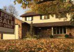 Foreclosed Home en E BAKER WOODS LN, Decatur, IL - 62521