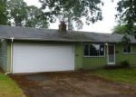 Foreclosed Home en UNION AVE, Gladstone, OR - 97027