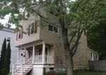 Foreclosed Home en PROSPECT AVE, Dunellen, NJ - 08812