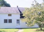 Foreclosed Home en W CHESTNUT ST, Pottstown, PA - 19464