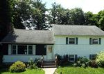 Foreclosed Home en FOREST HILL RD, New Windsor, NY - 12553