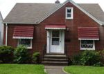 Foreclosed Home en ARCHMERE AVE, Cleveland, OH - 44109
