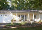 Foreclosed Home en WOODLEA DR, Morganton, NC - 28655