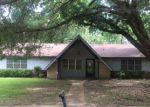 Foreclosed Home en TWIN OAKS DR, Clinton, MS - 39056