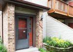 Foreclosed Home en PATHWAYS DR, Saint Paul, MN - 55119