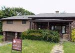 Foreclosed Home en UNIVERSITY ST, Verona, PA - 15147