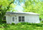 Foreclosed Home en RIDGE CIR, Streamwood, IL - 60107
