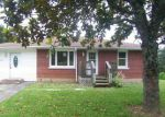 Foreclosed Home en LEVELWOOD RD, Campbellsville, KY - 42718