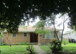 Foreclosed Home en GREENFIELD AVE, North Chicago, IL - 60064
