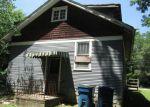 Foreclosed Home en CENTRAL AVE, Alton, IL - 62002