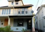 Foreclosed Home en NOTTINGHAM WAY, Trenton, NJ - 08609